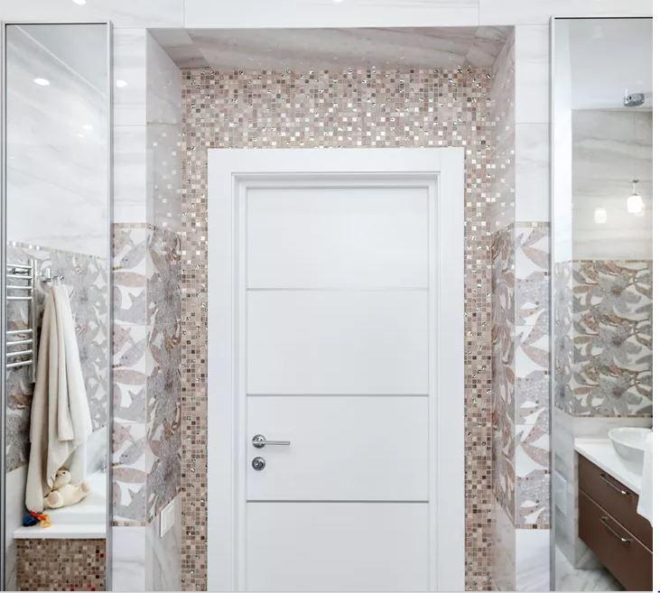 Двери в ванную в стиле хай-тек